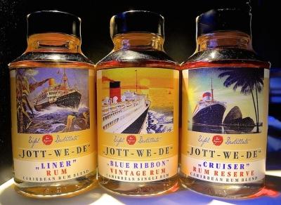 JOTT-WE-DE Geschenk-Set - 3 x 100 ml Eifel Rum 45-49%vol. 0.3l
